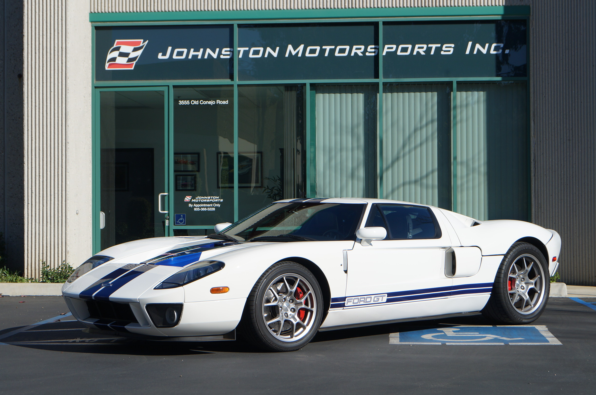 White Ford GT, Johnston Motorsports